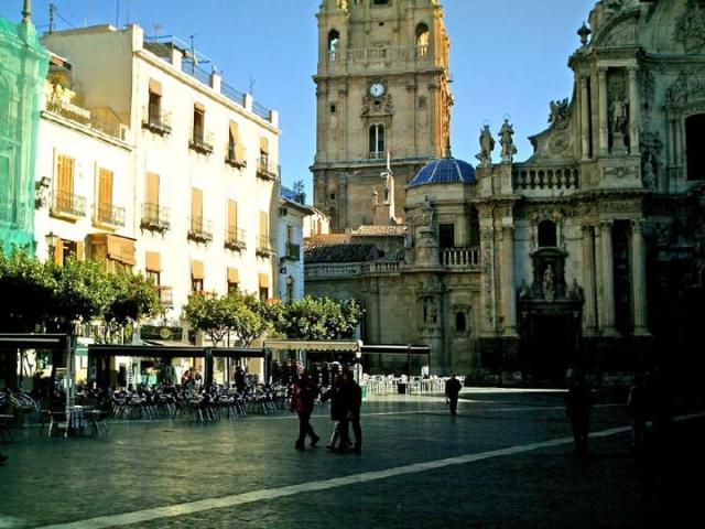 La Plaza del Cardenal Belluga
