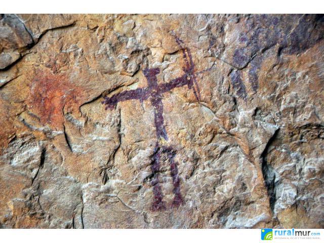 Resultado de imagen de cueva sima de la serreta